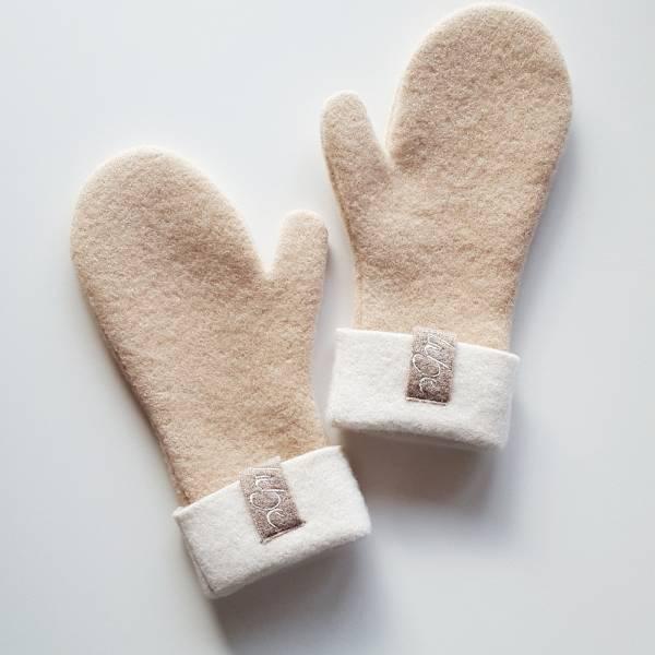 "Handschuh ""Liebe"" Camel"
