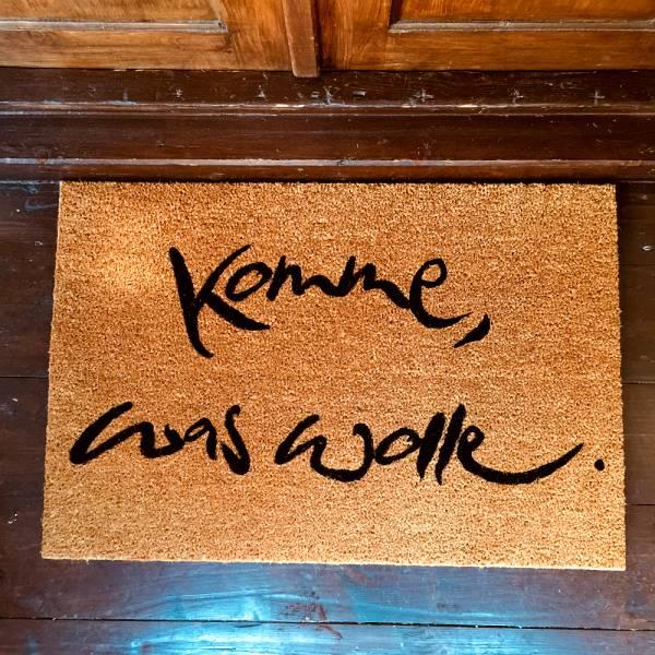"""Fußmatte """"Komme, was wolle"""" Schwarz"""