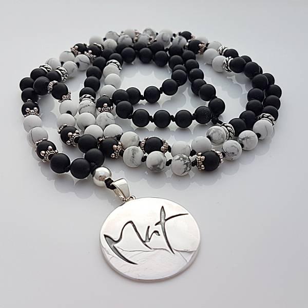 Mut-Mala (Schwarzer Onyx/Howlith)