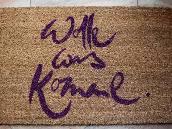 """Fußmatte """"Wolle was komme"""" Violett"""